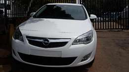 2012 Opel Astra 1.8 Turbo Available for Sale