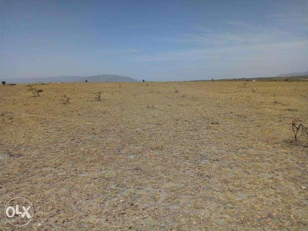 2 Acres for sale in Kitengela near Saitoti Nairobi CBD - image 4