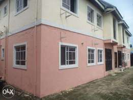 On Sell Storey Building NTA Road/East west Road b/w UNIPORT/Obirikwere