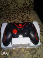 Bluetooth Game pad or controller for Android, tab, pc