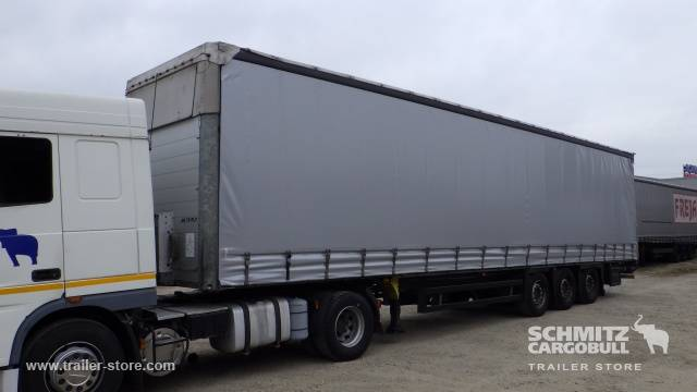 Schmitz Cargobull Semitrailer Prelată culisantă Mega - 2012