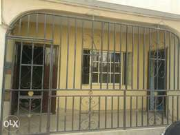 Lovely 2 bed room flat to let at governor road,ikotun