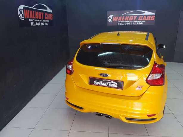 2015 Ford Focus ST3 2.0 Ecoboost Newcastle - image 7