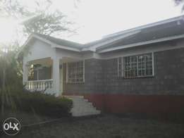 3 bedroom bungalow to let in Ongata Rongai at Nkoroi area