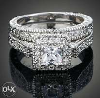 Cubic Zircon Platinum Plated Engagement Wedding Ring Set, used for sale  Port Harcourt