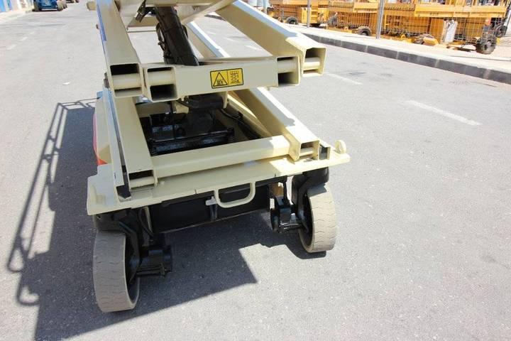 JLG 3246 Es - 2005 - image 17