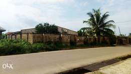 For sale: full plot of land in Igoba first gate Akure