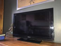 Sony Bravia LCD 32 inch television