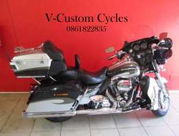 Absolute Mint Condition CVO! Full House with Low Kilometers on the Clo