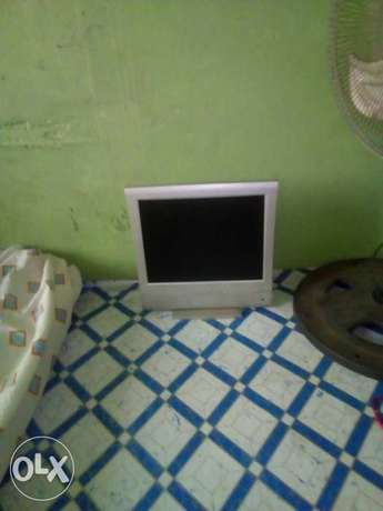 Digix 15inch Flat Screen LCD television Osogbo - image 2