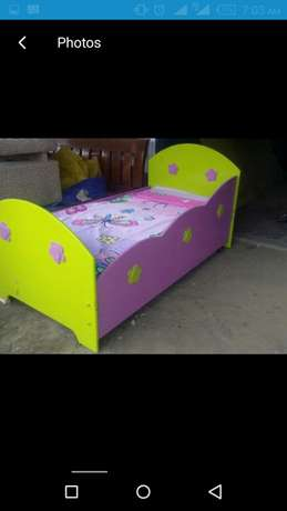 Kids bed colour of your choice Donholm - image 4