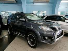 2013 Toyota Fortuner 3.0d-4d R/b A/t