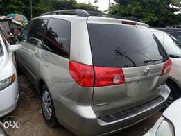 2008 Toyota Sienna LE For N2.8M Only