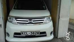 Very clean Nissan Serena as new