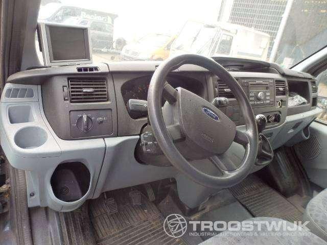 Ford Transit 125 - image 3