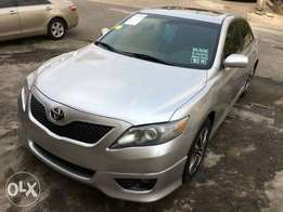 Tincan cleared Toyota Camry SE (manual Transmission )