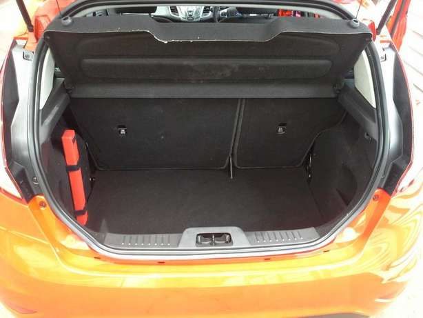 2015 Ford Fiesta 1.4 Ambiente Gezina - image 6