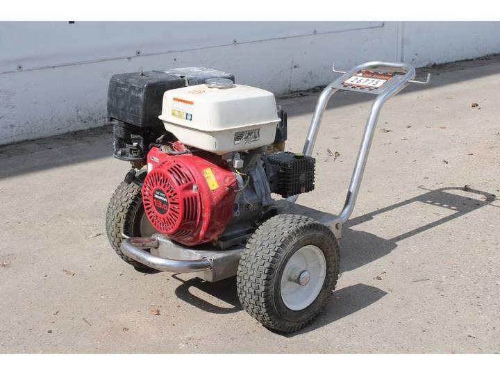 Hogedrukspuit  Met Benzinemotor