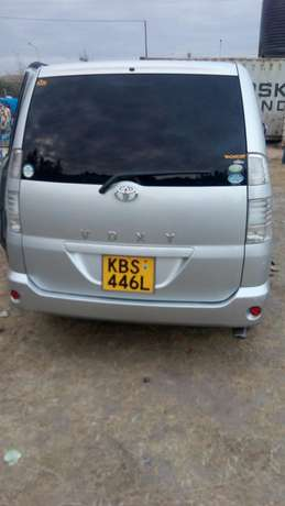 Clean Toyota Voxy for sale Mlolongo - image 4