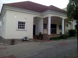 Beautiful 4bedroom Bungalow (serviced) for rent at Maitama