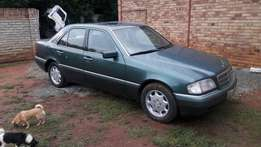 Mercedes-Benz C280 Stripping for Spares !