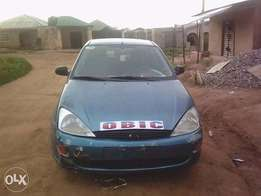 Ford Focus Hatchback 2000