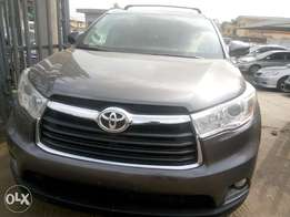 2014 Toyota Highlander XLE Tokunbo in excellent condition
