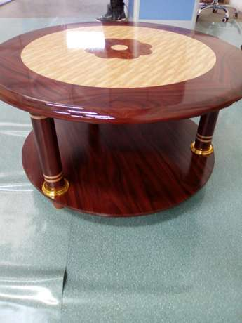 Offer.Modern round table Githurai - image 1