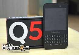 BlackBerry Q5 (Brand new/Original)