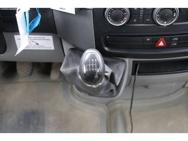 Mercedes-Benz SPRINTER 519 CDI - 103 122 KM - 2010 - image 13