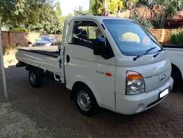 2009 Hyundai H100 2.6D Dropside in Immaculate condition
