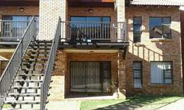 Beautiful 2 bed Flat to rent in Pellissier R5400
