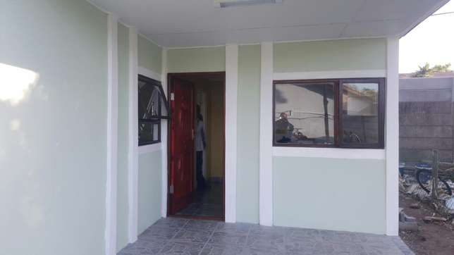 Hi I am renting out my beutiful granny flat to you. Kraaifontein - image 1