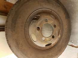 Truck tyre and rim for sale