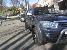 2009 Automatic Grey Toyota Fortuner 3.0 D4D for sale