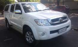 toyota hilux double cab Automatic 2012