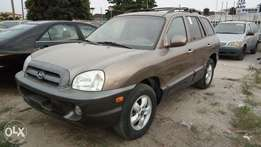 Smooth Driving 2005 Hyundai Santa Fe With Auto Leather Cold AC Alloy