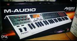 Brand New M-Audio Axiom AIR 49 Premium Keyboard and Pad Controller