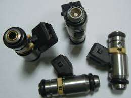 Available in stock are fuel injectors