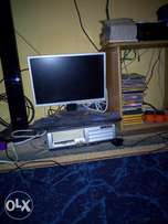 Dell 15 inch Flat screen monitor, HP system unit, 1gb ram, 80 gb hdd,