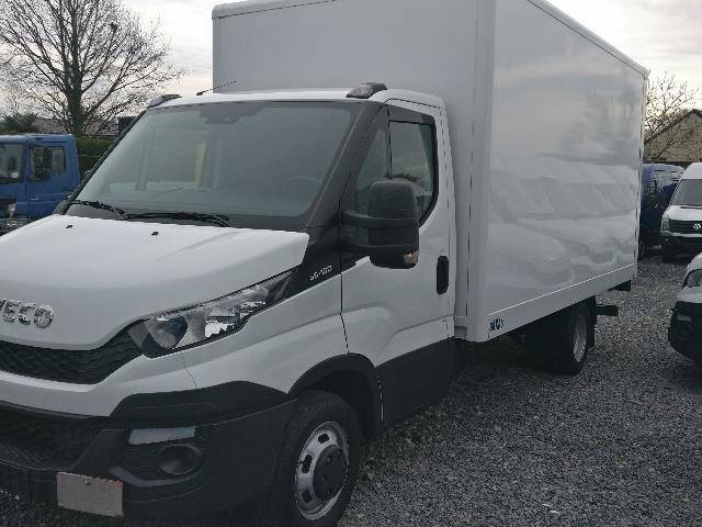 Iveco Daily 35c15 dubbele wielen achter koffer+laadbrug+airco - 2016