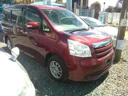 Toyota Noah 2010 Valvematic Just Arrived Fully loaded