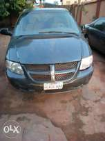 Clean 2002 Dodge Grand Caravan. Very Good Engine and Gear box