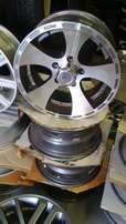 Toyota taxi/ hilux mags 15'' and 16'' 5x114.3 set r4500