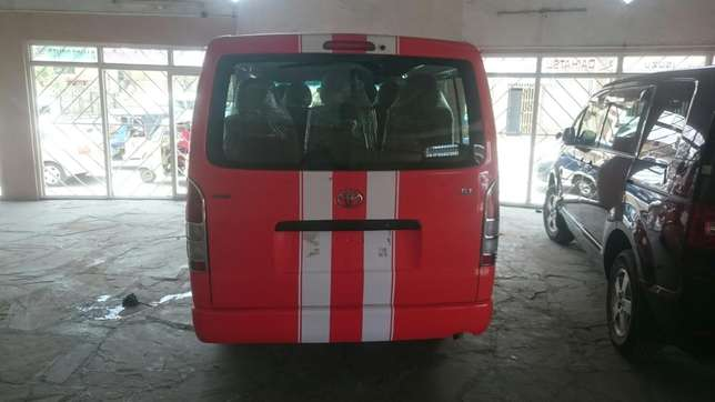Hiace Diesel manual with seats Mombasa Island - image 6