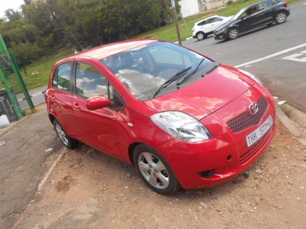 Automatic 2008 Red Toyota Yaris T3 for sale Johannesburg - image 1