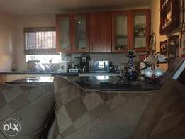 Fully furnished room to let in Wilro park Roodepoort