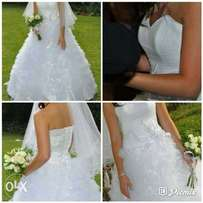 Affortable wedding gowns for hire