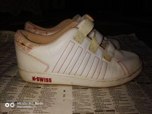 29aa7ff7d4a1 Женские кожаные кроссовки