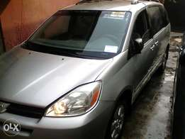 Toyota Sienna 2005 Foreign used